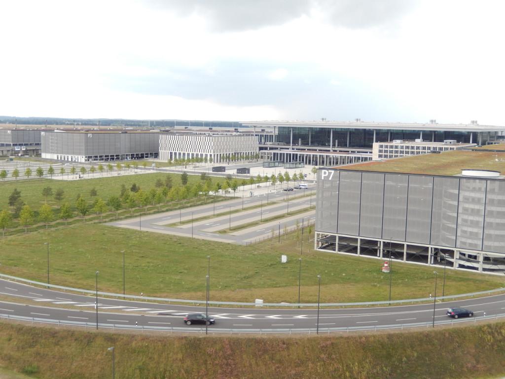 Terminal complex